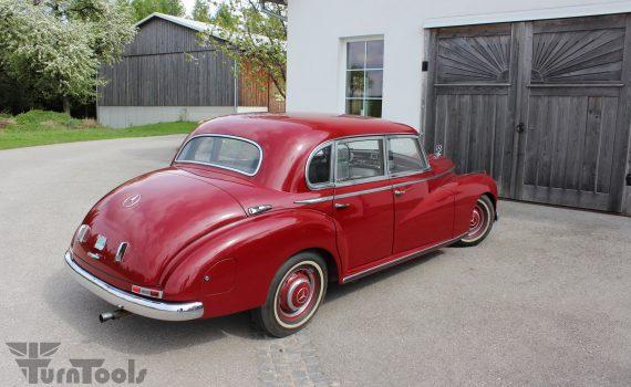 Mercedes_300_Adenauer_1952_02